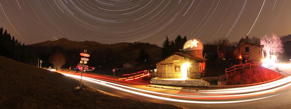 ASTROfotografia: a grande campo. Documenti tecnici ed immagini di costellazioni, oggetti deep sky estesi e star trail in piena risoluzione.